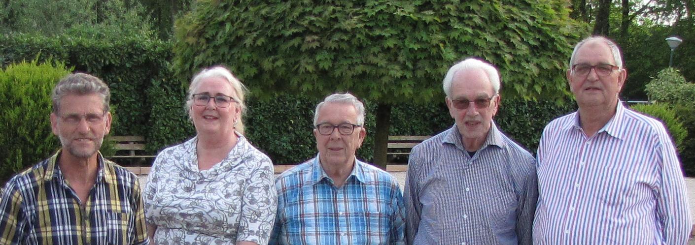 v.l.n.r.: Ad Kooijman, Irene Maes, Rijk Esko, Ad van der Kuij en Harry Saaltink.